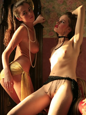 SABRINA C & OLGA L  BY ZESLEDER - BOUDOIR - ORIG. PHOTOS AT 4300 PIXELS - &c
